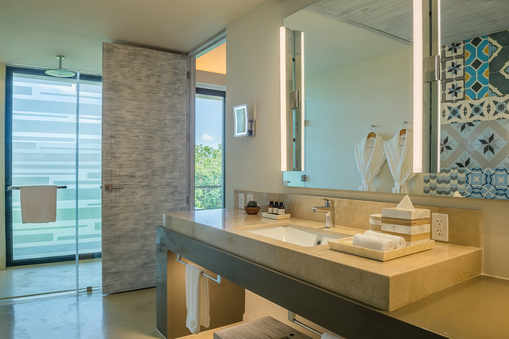 Andaz-Mayakoba-Lagoon-View-Double-Bathroom.jpg