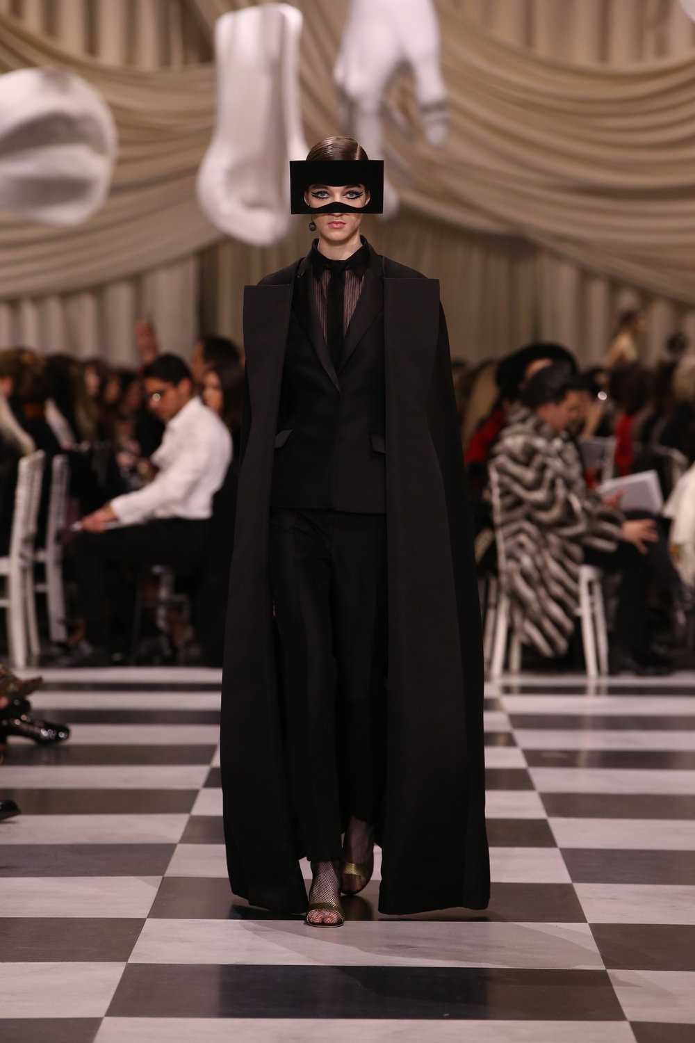 DIOR_HAUTE COUTURE_SPRING-SUMMER 2018_LOOK_72.jpg