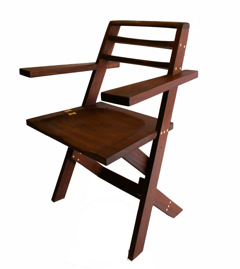 Cantilevered chair