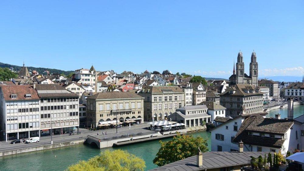 Symposium Venue 2019 | Zurich's Old Town | River Limmat