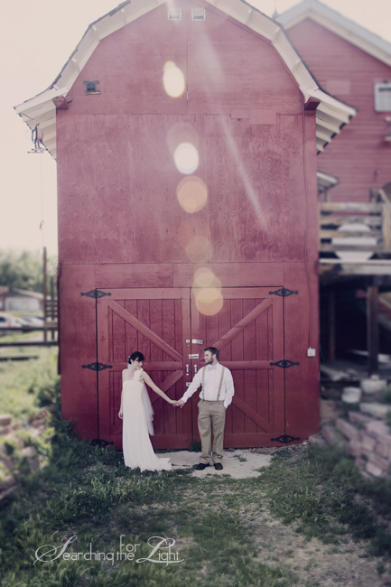 Vintage Wedding Photography | Denver Wedding Photographer | A Vintage Affair Rentals Interview | D Barn Wedding Photo