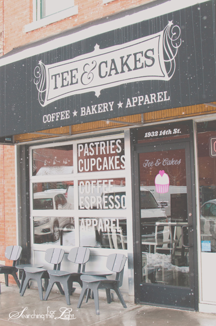 Tee & Cakes {Bakery} | Denver Wedding Photographer  | Vintage Wedding Photography
