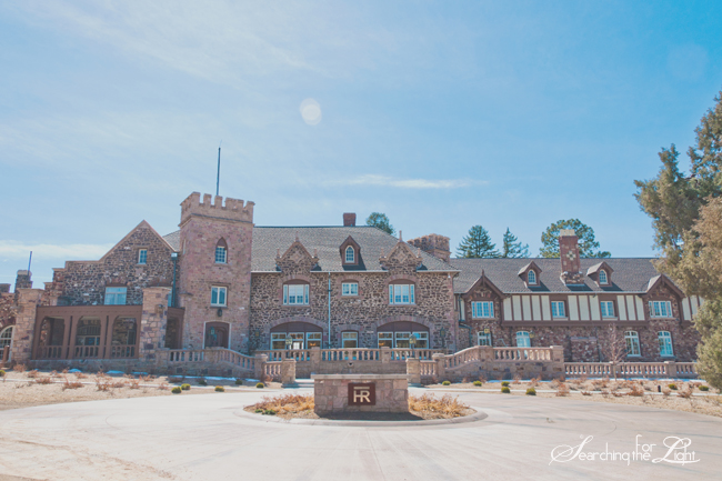 Best Denver Wedding Venues | Where to get Married in Denver Highlands Ranch Mansion Wedding Venue Vintage Wedding Photo | Vintage Wedding Photography | Denver Wedding Photographer