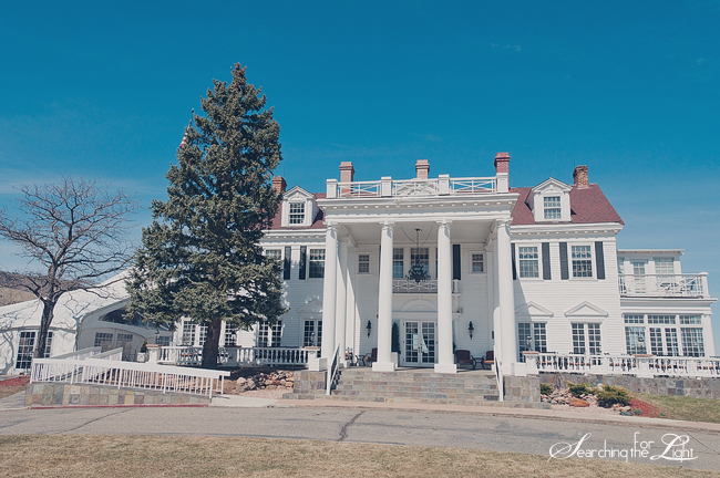 Best Denver Wedding Venues | Where to get Married in Denver  The Manor House Wedding Venue Vintage Wedding Photo | Vintage Wedding Photography | Denver Wedding Photographer
