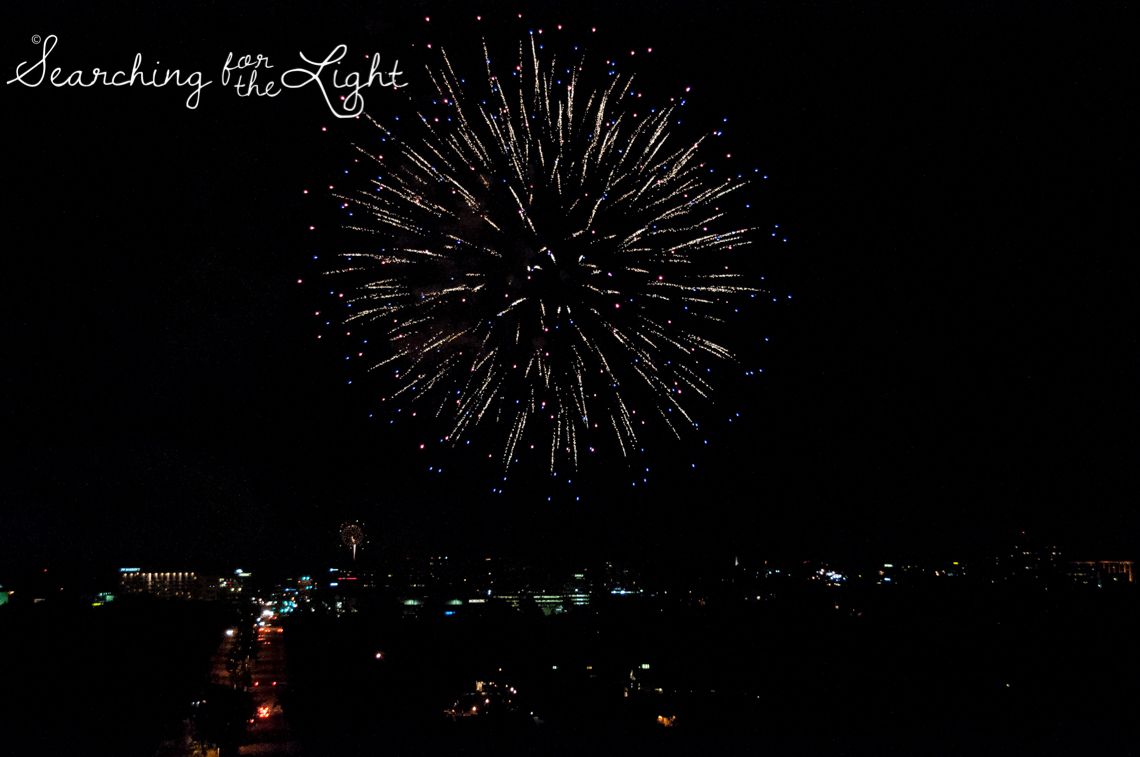 Denver Photographer shares photos of forth of july fireworks in Denver