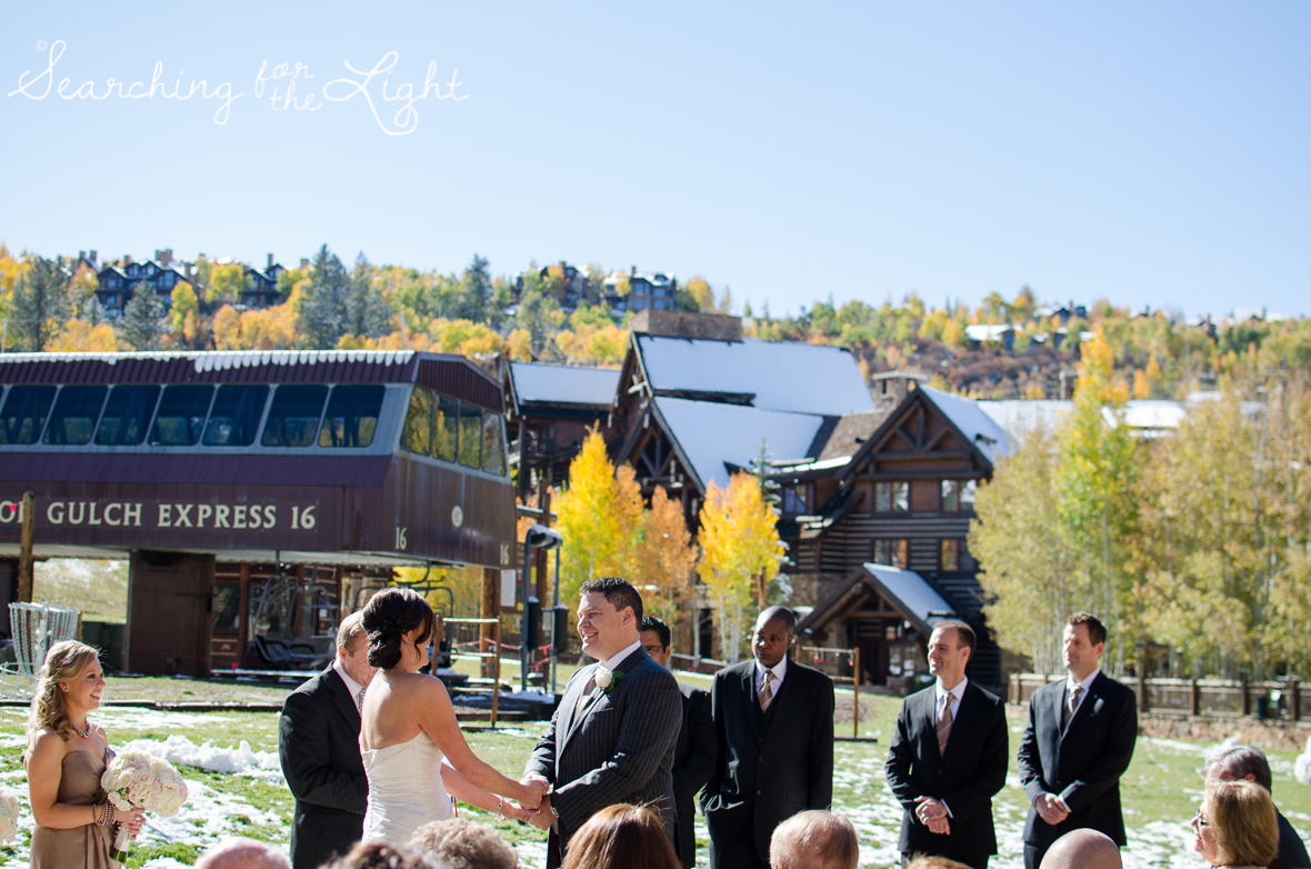 outdoor Fall Wedding photos in Beaver Creek, CO by Denver Wedding Photographer