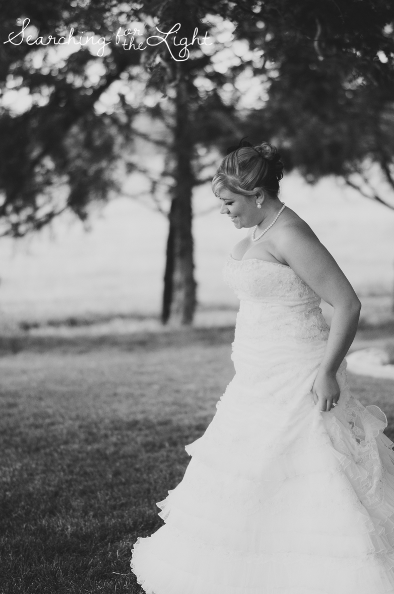 Planning Your First Look: How to plan out your first look at your wedding, Wedding Tips from Denver Wedding Photographer featuring first look photos