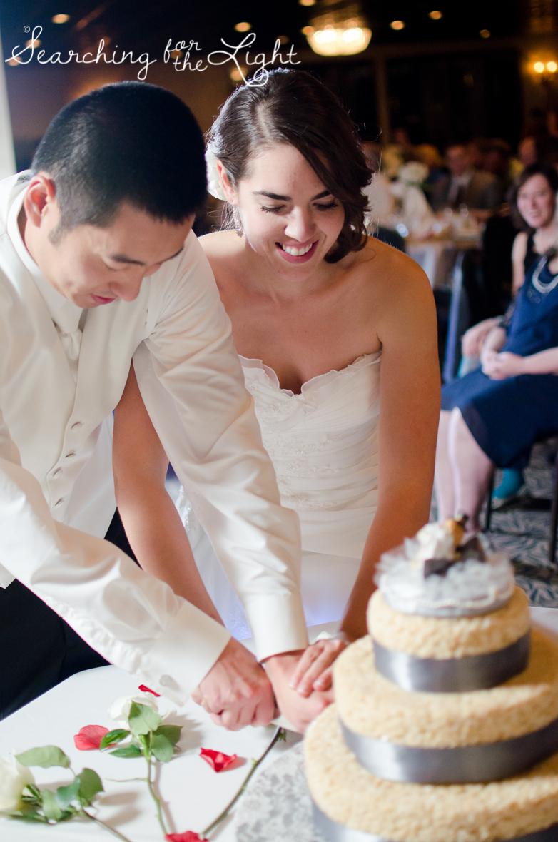Cutting your Wedding Cake, denver wedding photographer
