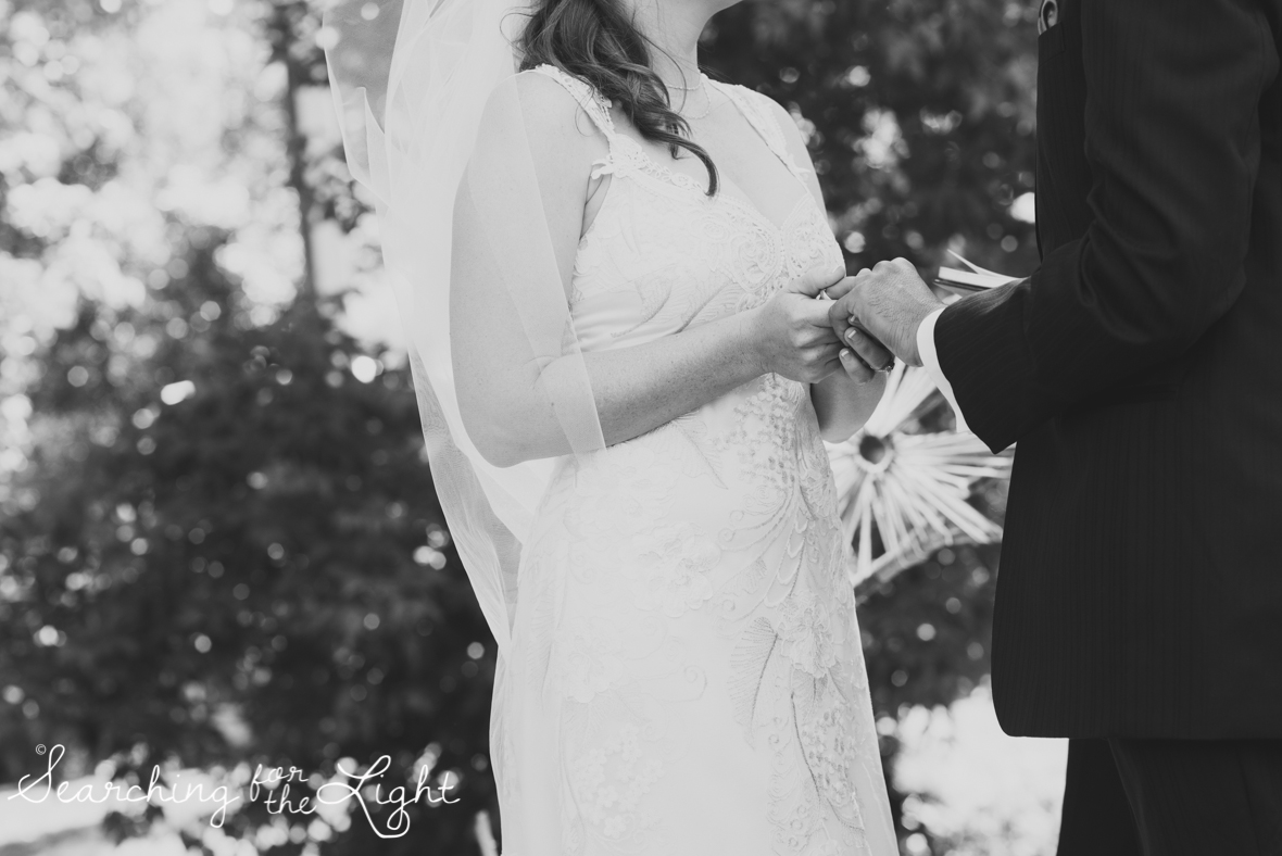 lyons farmette wedding photo, colorado wedding photographer, denver wedding photographer, ceremony