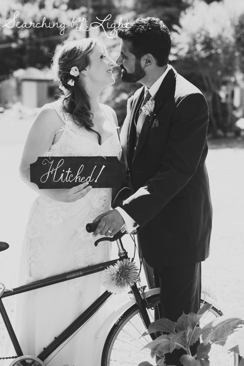 lyons farmette wedding photo, colorado wedding photographer, denver wedding photographer, bride and groom