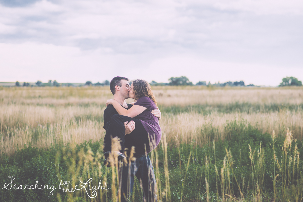 colorado wedding photographer field engagement session