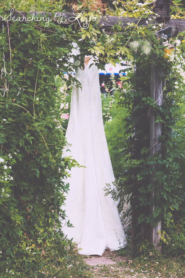 wedding dress lyons farmette wedding by colorado wedding photographer