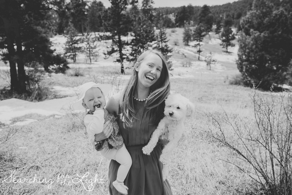 colorado-baby-photographer-olive-mae-12-months_044_bw_08.jpg