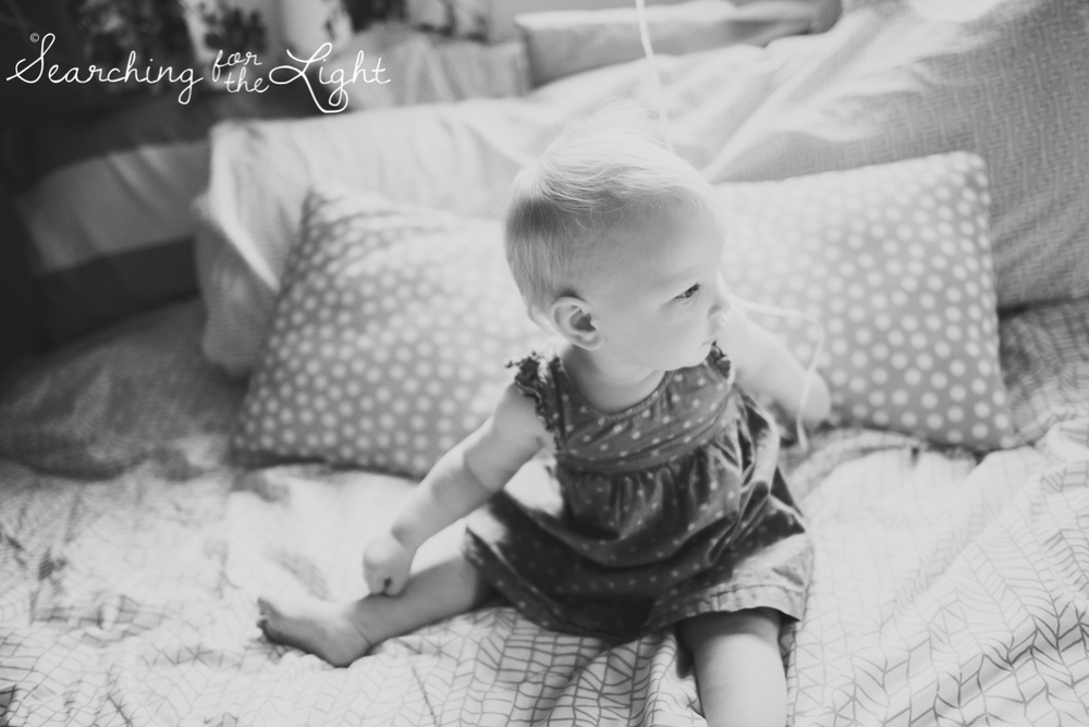 colorado-baby-photographer-olive-mae-12-months_080_bw_16.jpg