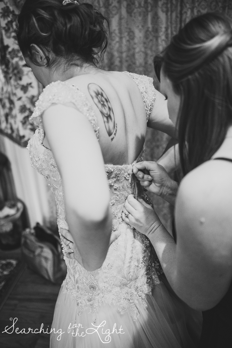 lionsgate_wedding_photos_colorad_wedding_photographer_haley&jordan_0136_bw.jpg
