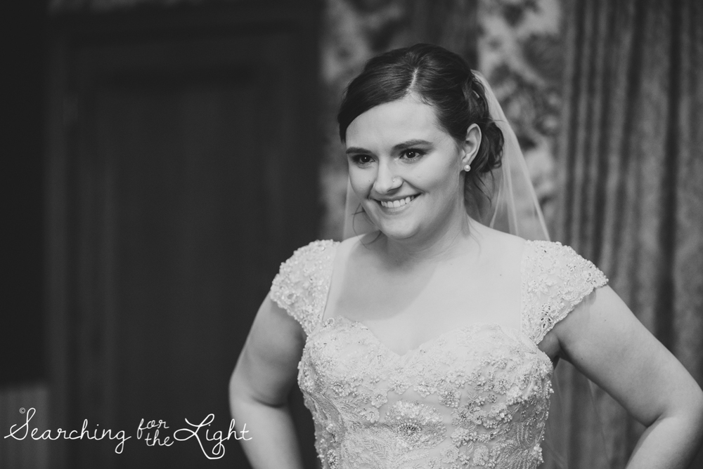 lionsgate_wedding_photos_colorad_wedding_photographer_haley&jordan_0241_bw.jpg