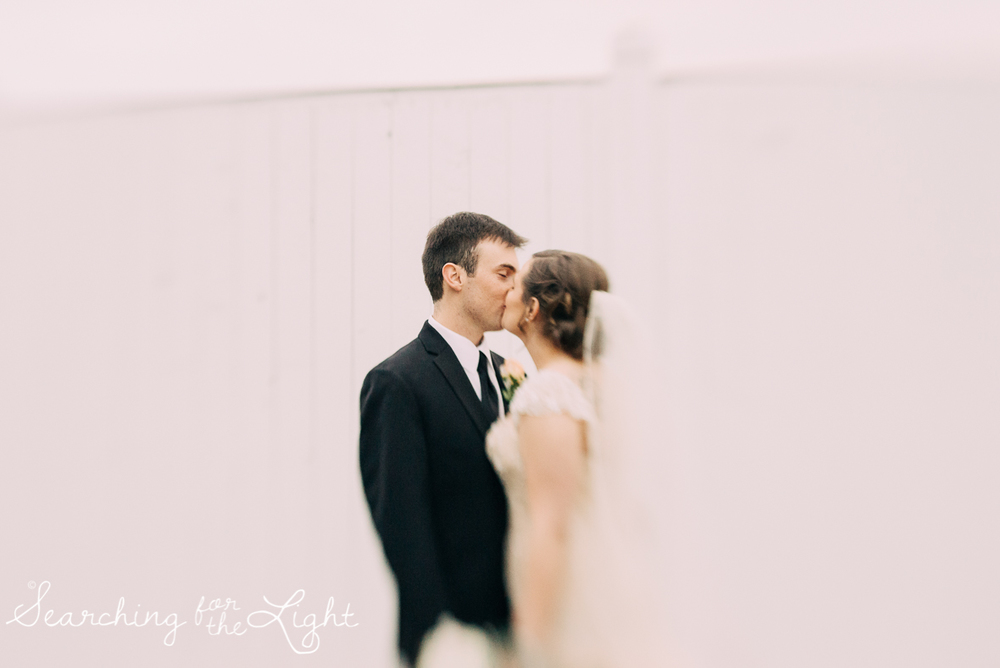 lionsgate_wedding_photos_colorad_wedding_photographer_haley&jordan_1265_vintage_film.jpg