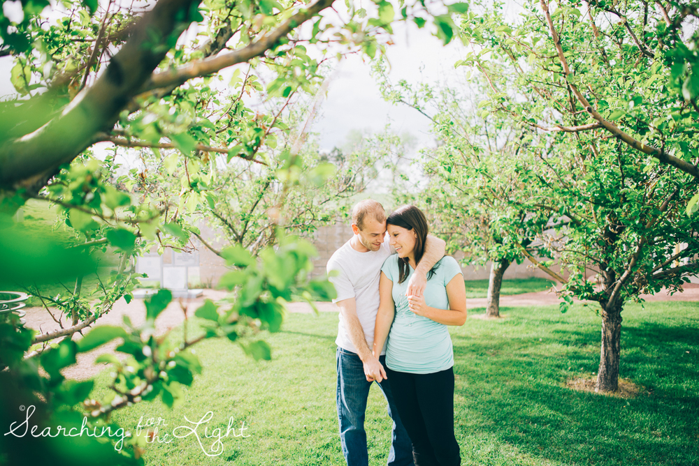 colorado_engagement_photographer_moriah&scott_059_vintage_film.jpg