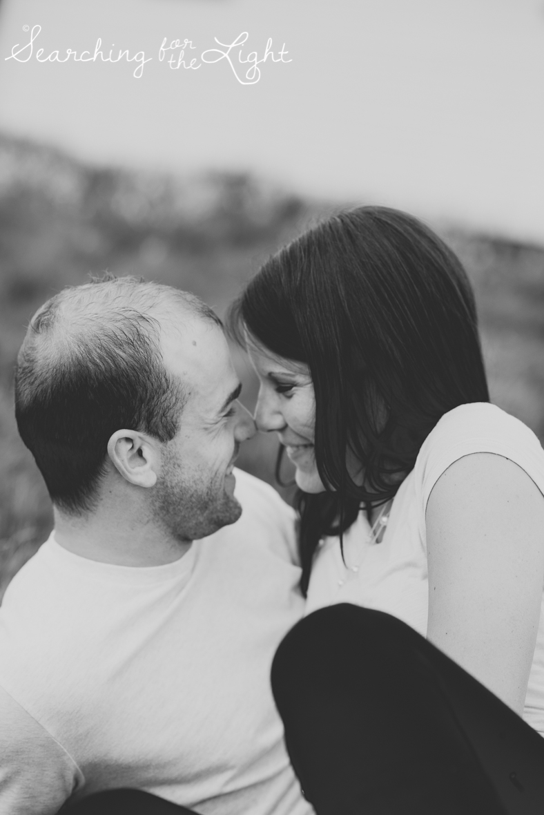 colorado_engagement_photographer_moriah&scott_408_bw.jpg