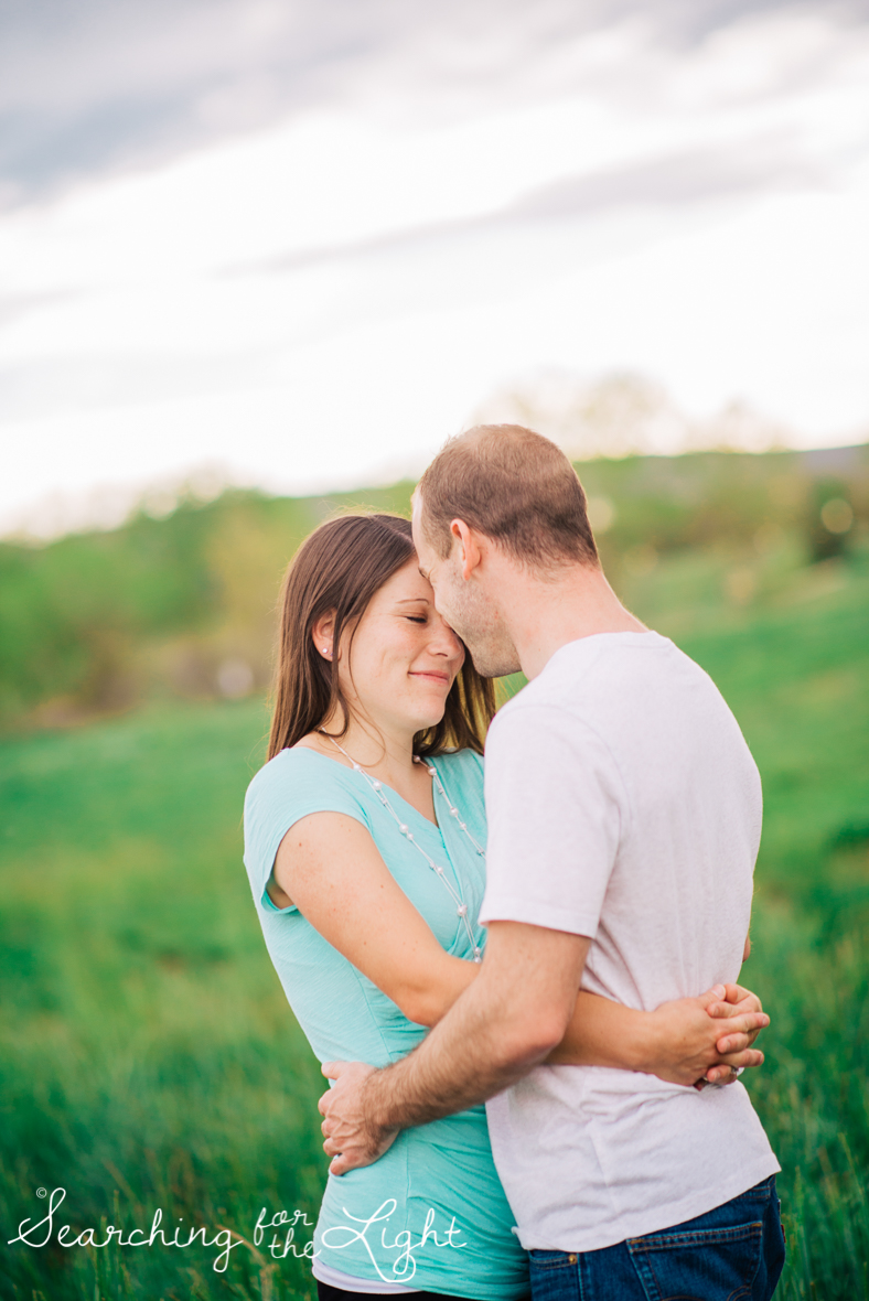 colorado_engagement_photographer_moriah&scott_527-2_vintage_film.jpg