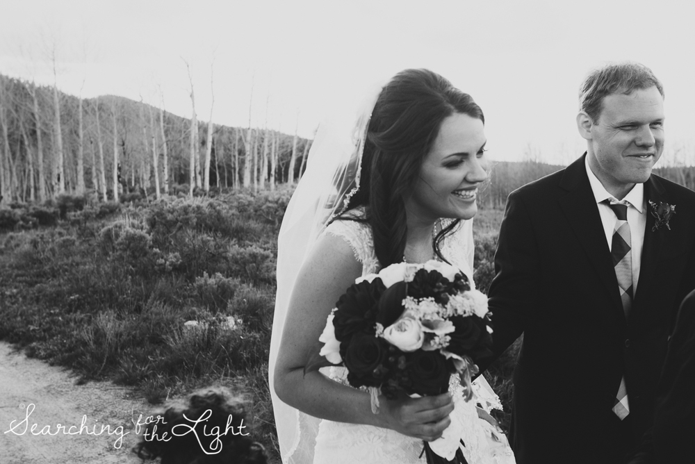 42_snow_mountain_ranch_wedding_colorado_wedding_photographer_kara&jason_0908_vintage_black_and_white_film-2.jpg