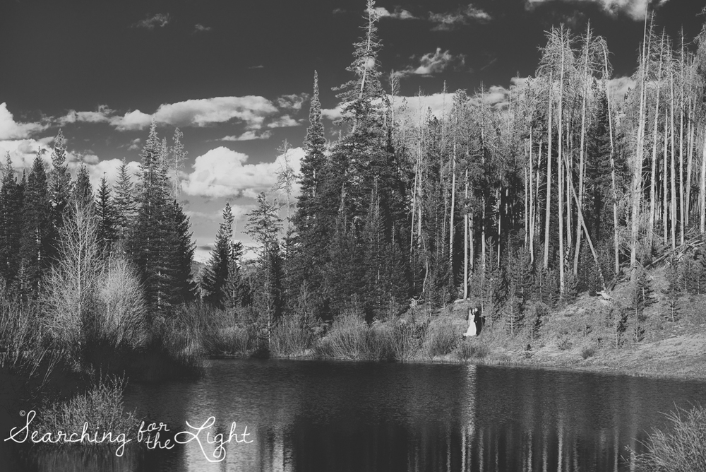 45_snow_mountain_ranch_wedding_colorado_wedding_photographer_kara&jason_1376_vintage_black_and_white_film.jpg