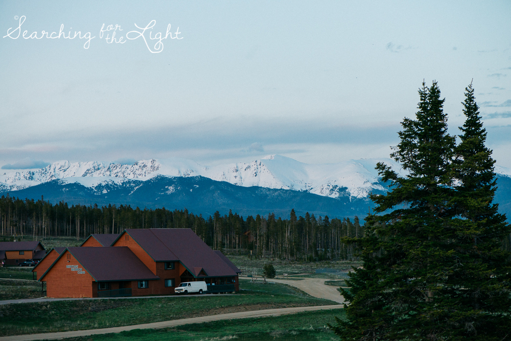 46_snow_mountain_ranch_wedding_colorado_wedding_photographer_kara&jason_1595_vintage_film.jpg