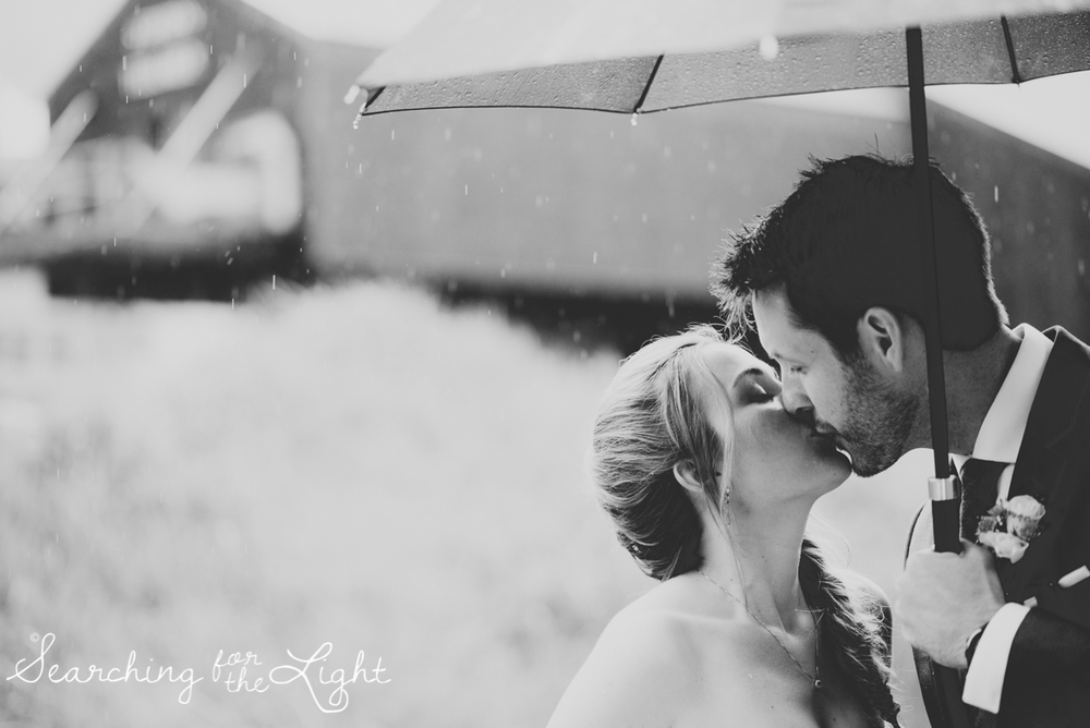 24_telluride_wedding_photographer_colorado_mountain_wedding_photographer_brie&tyler_0768_vintage_black_and_white_film.jpg