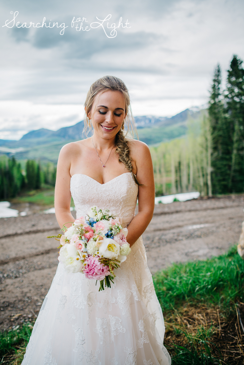 32_telluride_wedding_photographer_colorado_mountain_wedding_photographer_brie&tyler_2500_vintage_film.jpg