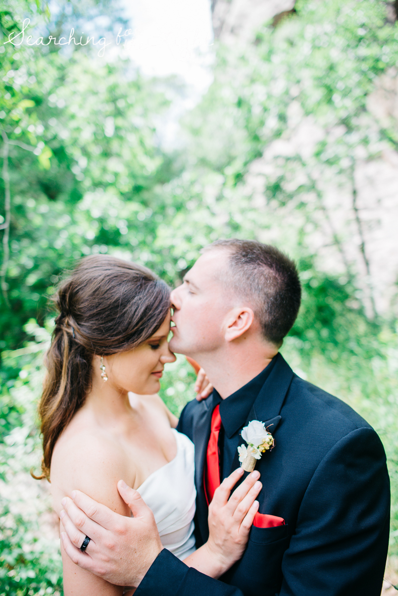 48colorado_mountain_wedding_photographer_meagan&chris_2356_portra_film.jpg