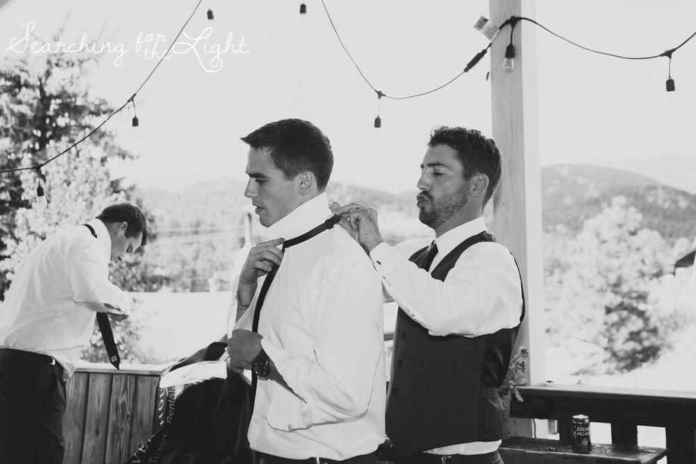 008evergreen_barn_wedding_photos_mountain_wedding_photographer_courtney&kirby_0338_bw008.jpg