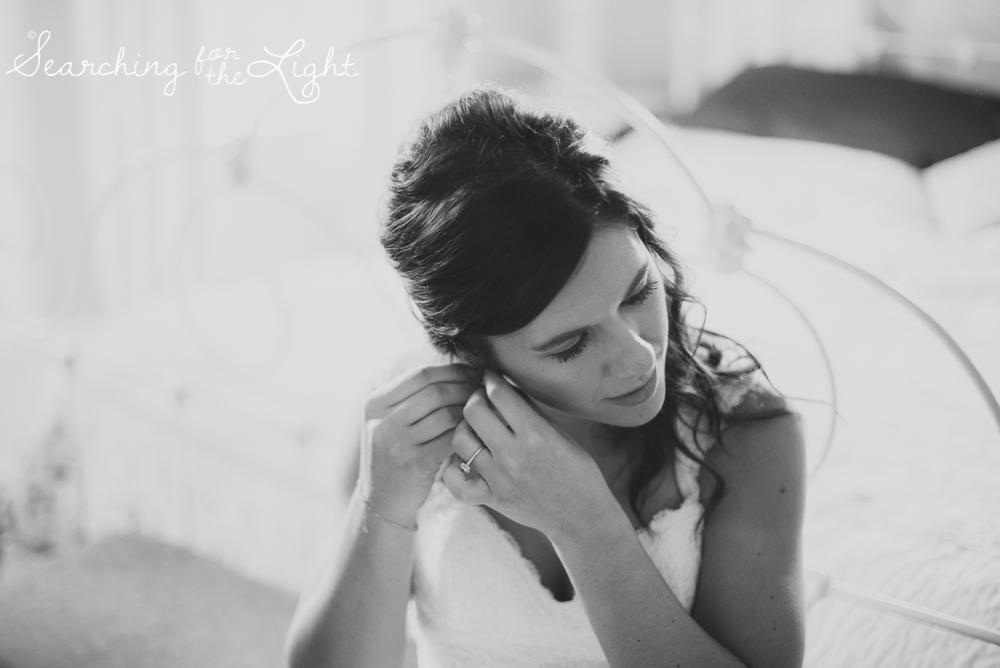 020evergreen_barn_wedding_photos_mountain_wedding_photographer_courtney&kirby_0731_bw020.jpg