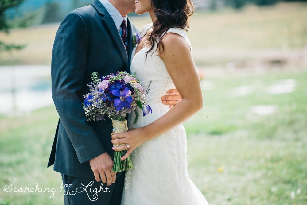 058evergreen_barn_wedding_photos_mountain_wedding_photographer_courtney&kirby_2231058.jpg