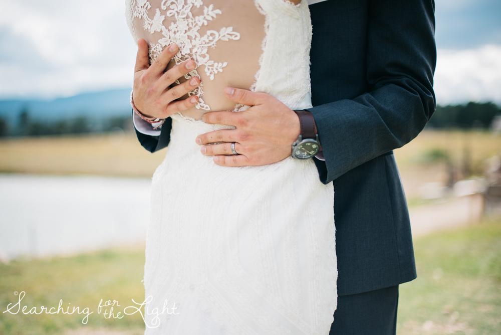 061evergreen_barn_wedding_photos_mountain_wedding_photographer_courtney&kirby_2344061.jpg