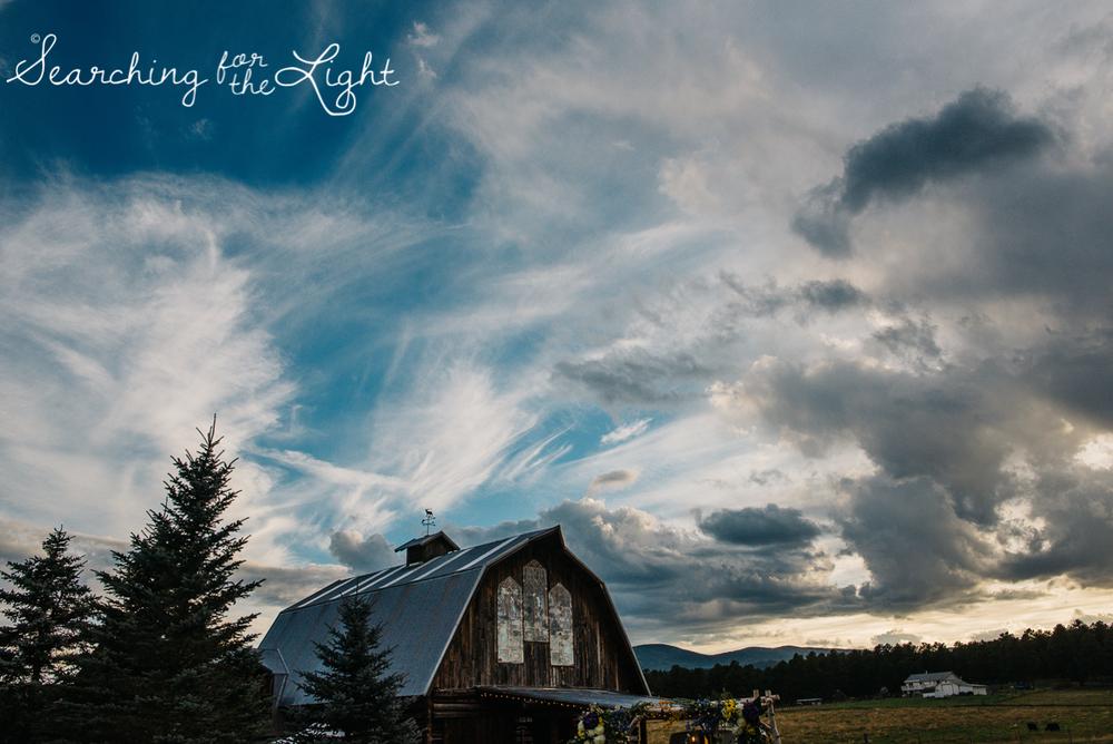 091evergreen_barn_wedding_photos_mountain_wedding_photographer_courtney&kirby_3867091.jpg