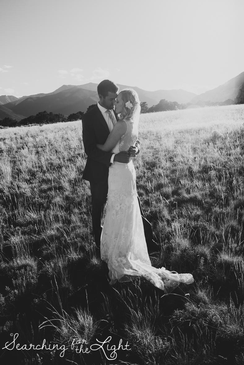 089mount_princeton_mountain_wedding_photographer_jessica&geoff1791_bw.jpg