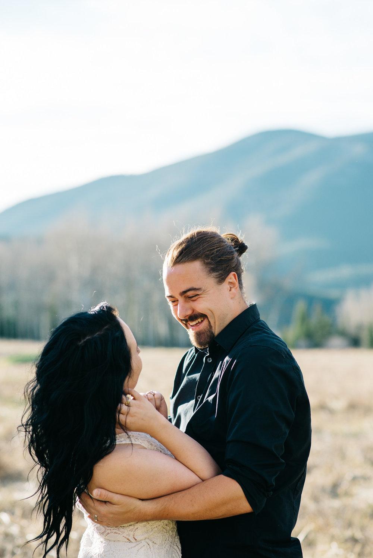 28-21couple-anniversary-engagement-photographer-colorado-romantic-photos-mountain-wedding-photographer-trevr&marissa-2016-2537.jpg