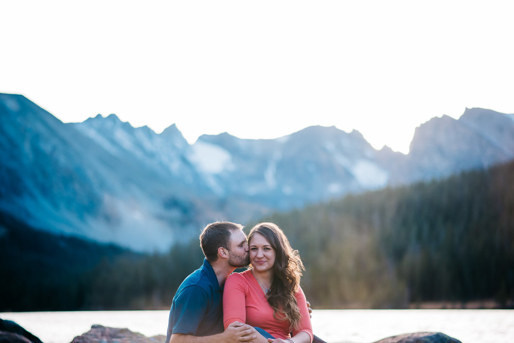 50-38couple-anniversary-engagement-photographer-colorado-mountain_wedding_photographer_long_lake_co_engaement_amy&ben_316.jpg