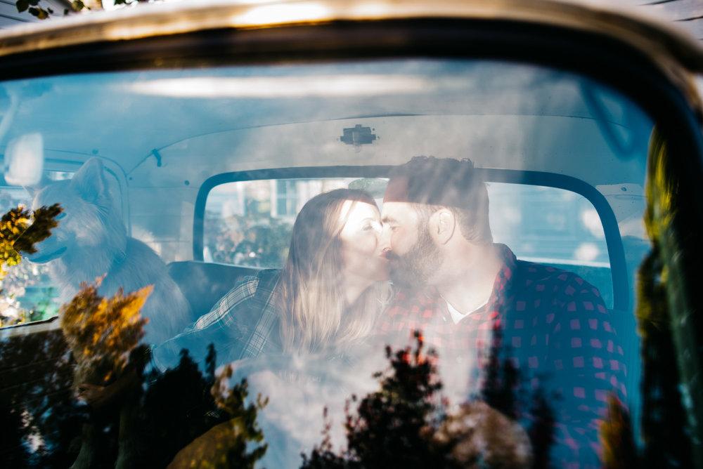 80-129couple-anniversary-engagement-photographer-colorado-denver_wedding_photographer_photo_At-Home-Session-Colorado-photographer-Brian&Kaite-Oct2017--622.jpg