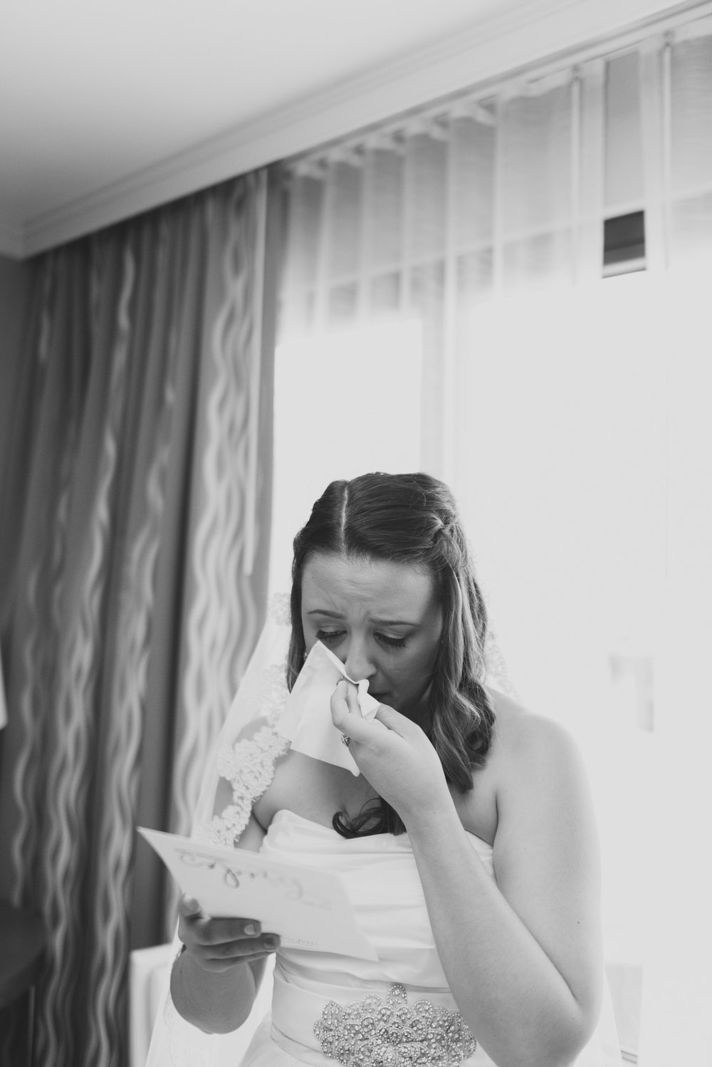 27elopement-photographer-colorado-Amanda&Sam-Denver_wedding-0318_bw.jpg