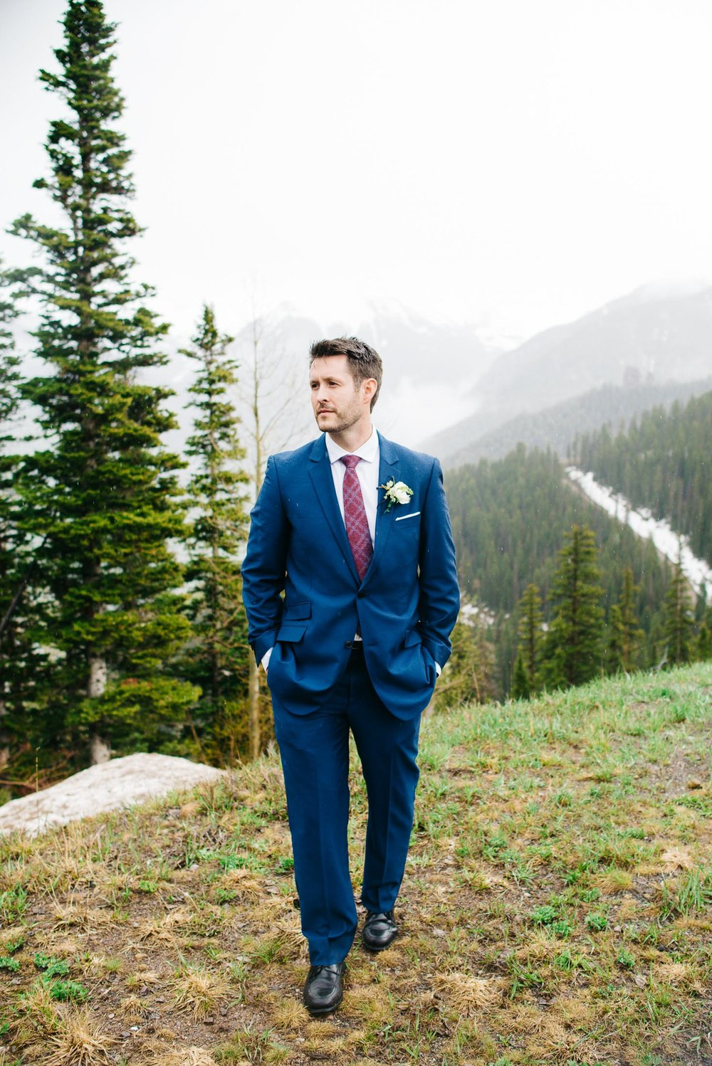 42elopement-photographer-colorado-colorado-mountain-wedding-photographer-romantic-wedding-pictures_012.jpg