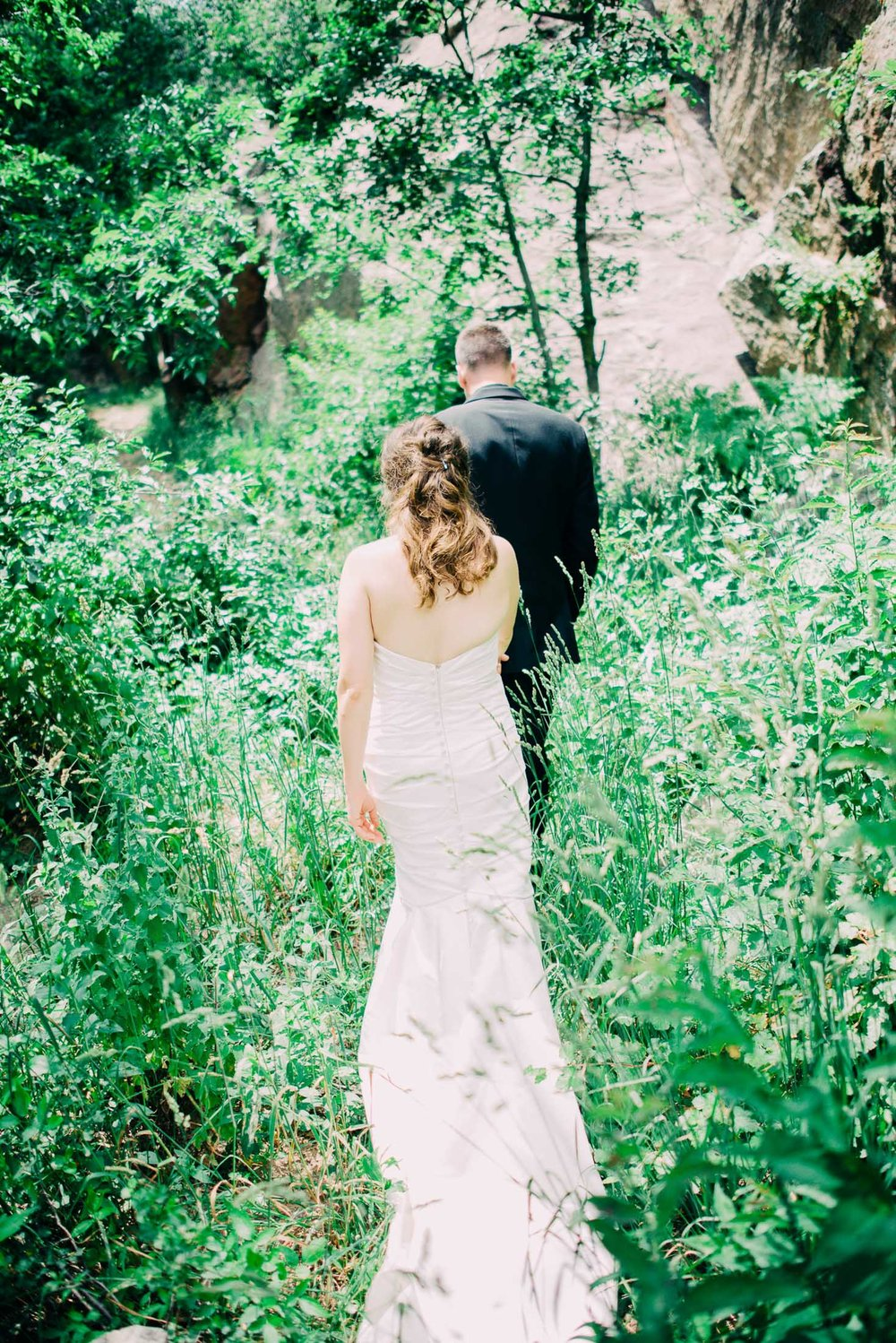 59elopement-photographer-colorado-colorado-mountain-wedding-photographer-romantic-wedding-pictures_022.jpg