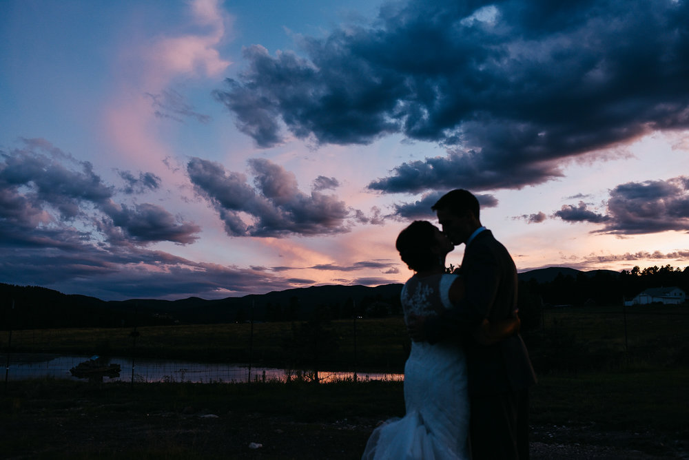 69elopement-photographer-colorado-evergreen_barn_wedding_photos_mountain_wedding_photographer_courtney&kirby_4485.jpg