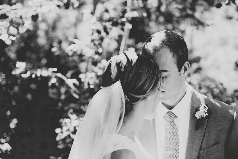 97elopement-photographer-colorado-colorado-mountain-wedding-photographer-romantic-wedding-pictures_043.jpg