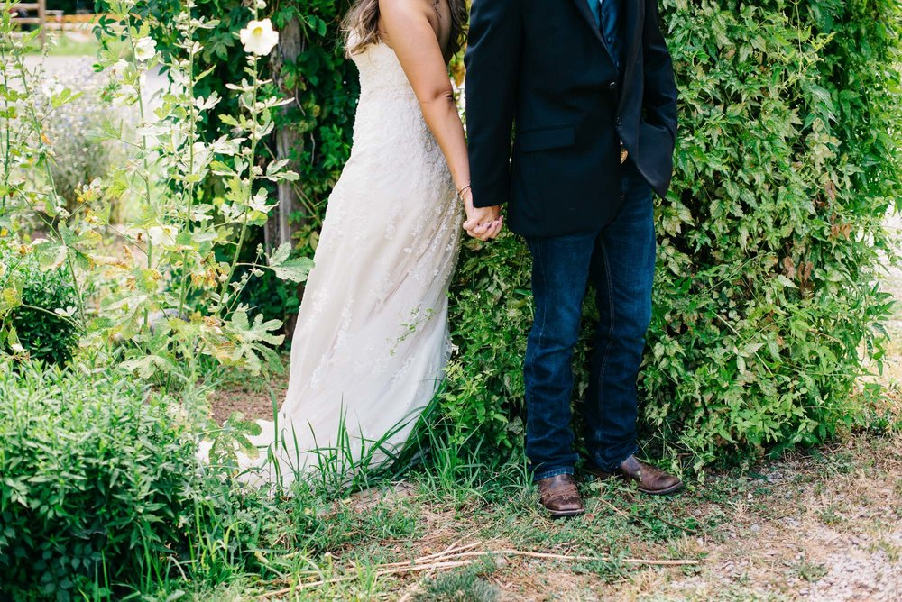 123elopement-photographer-colorado-lyons-farmette-wedding-amy&ben-1083.jpg