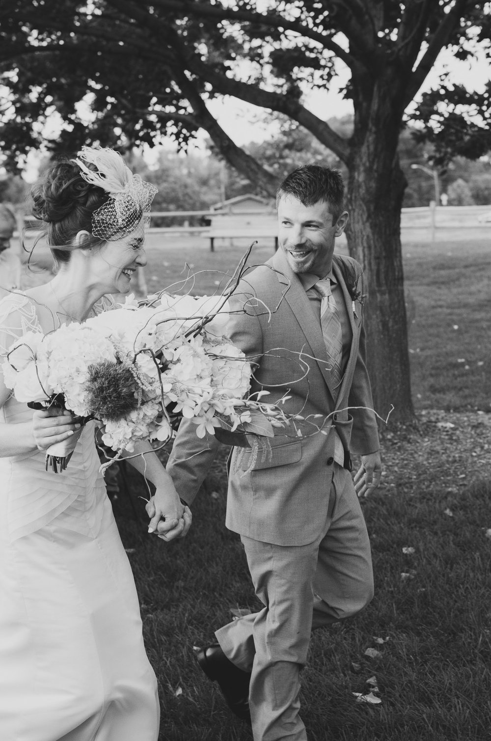 141elopement-photographer-colorado-lakewood_stone_house_sadra_donovan_0498_blackandwhite.jpg