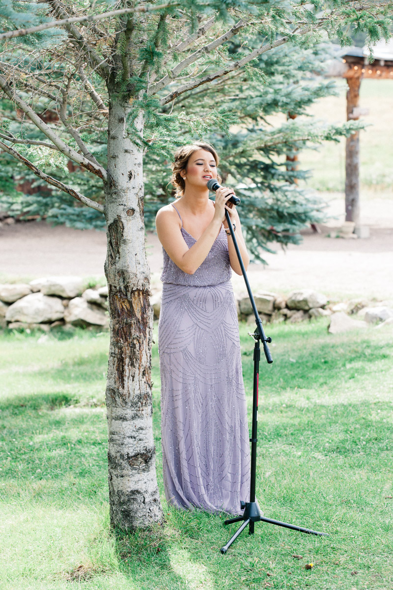 30-49colorado-mountain-wedding-photographer-denver-colorado-mountain-weddings-intimate-weddings-destination-colorado-rocky-mountain-wedding-photographer_evergreen_barn_wedding_photos_mountain_wedding_photographer_courtney&kirby_1958.jpg