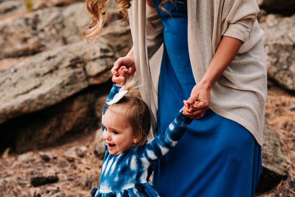 43university-rosedale-Denver-familiy-lifestyle-photographer-colorado-mountains-Lupton-Family-Maternity-096.jpg