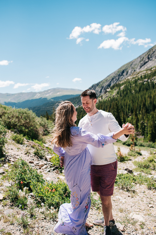 Breckenridge Mountain Colorado Family Photos {Brie & Tyler Family Photography Session | Blue Lakes Colorado}