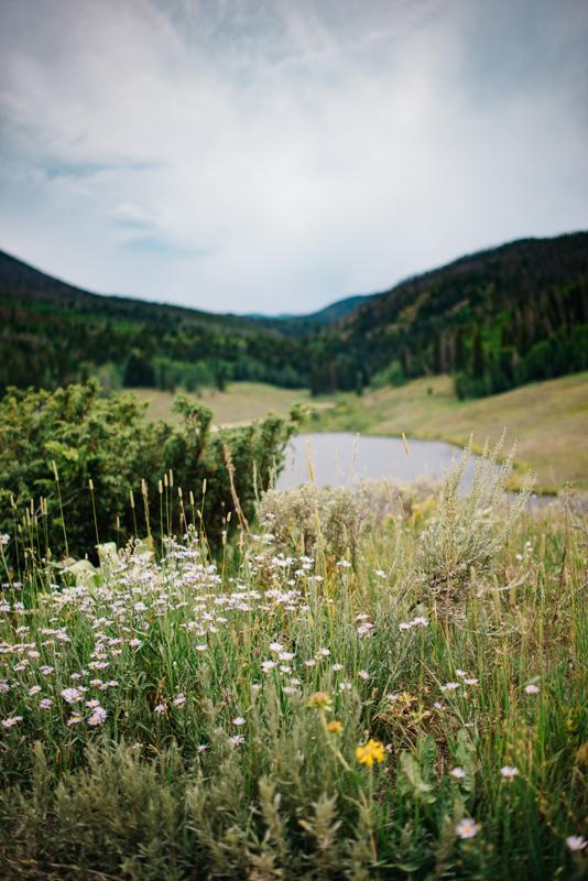 Destination Elopement Mountain Colorado Photographer {Cynthia & Chris Vail, Colorado Elopement Wedding Photos | Adventurous Elopement Photographer}